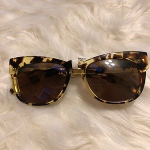NWT WILDFOX Winston sunglasses